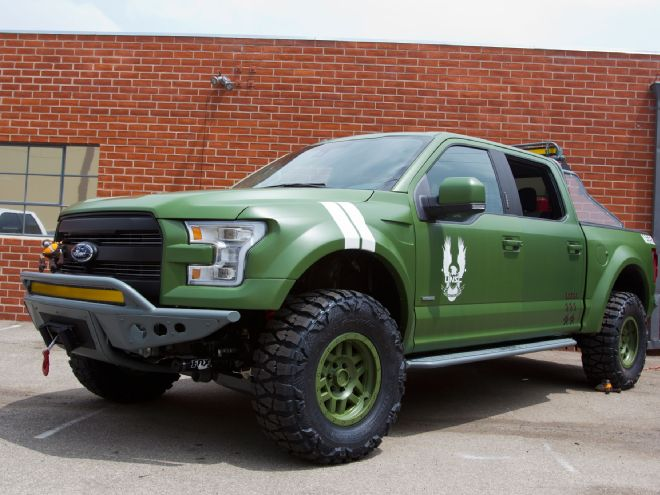 2015-ford-f150-halo-sandcat-left-front-angle.jpg