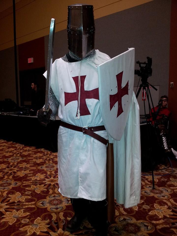 assassins-creed-templar-monty-python-templar-costume-1004820_10202644097537759_1897031962_n.jpg