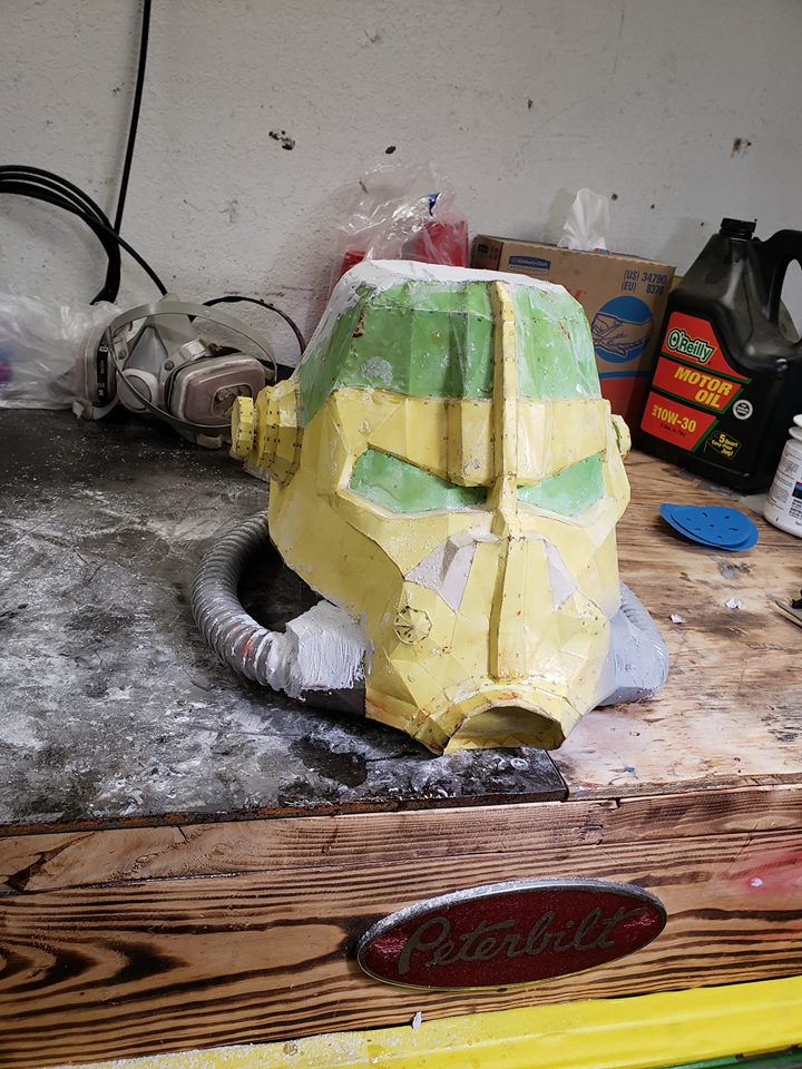 fallout helm pic.jpg