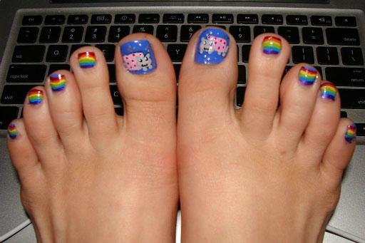 funny-Nyan-cat-nails-toes.jpe