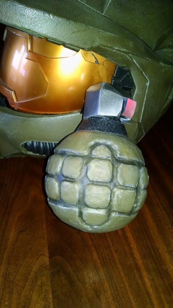 Halo3FragGrenade43.jpg