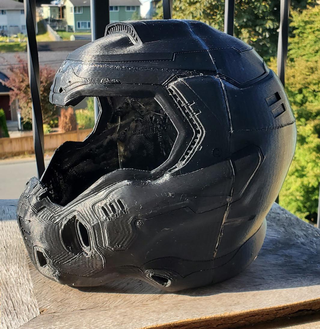 Helm2.jpg