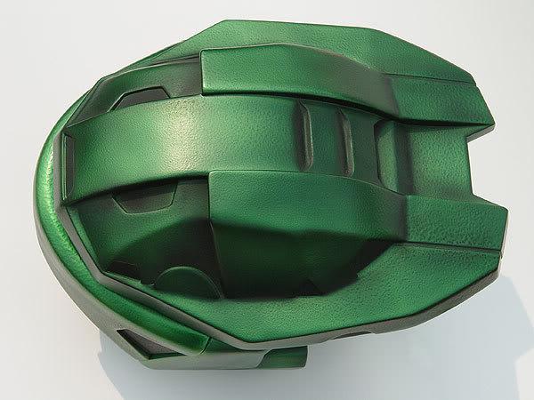 Helmet-8.jpg