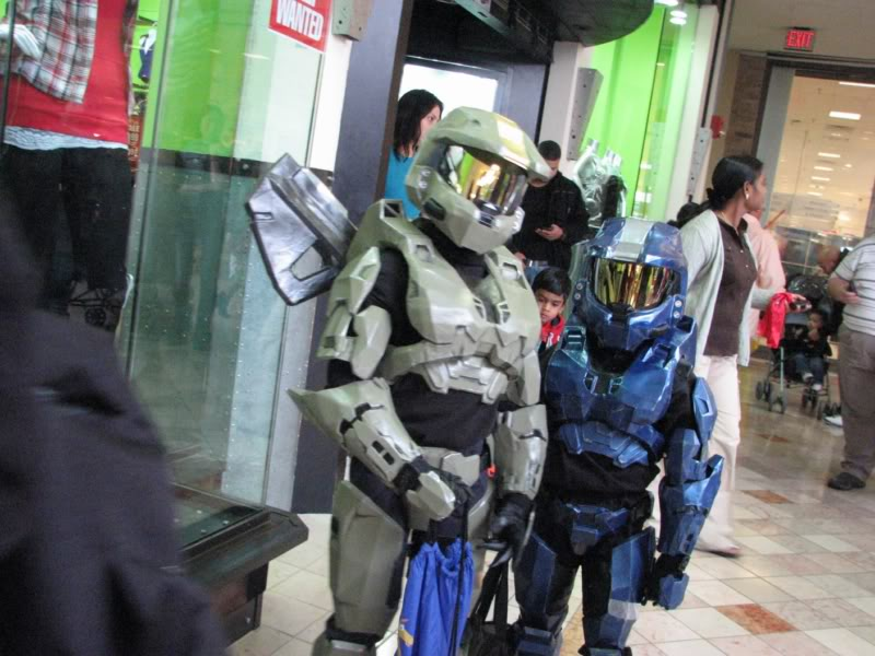 I did not dress up but my kids did. Here they are J117 and L211. & Your 2010 Halloween Costume pics! | Halo Costume and Prop Maker ...