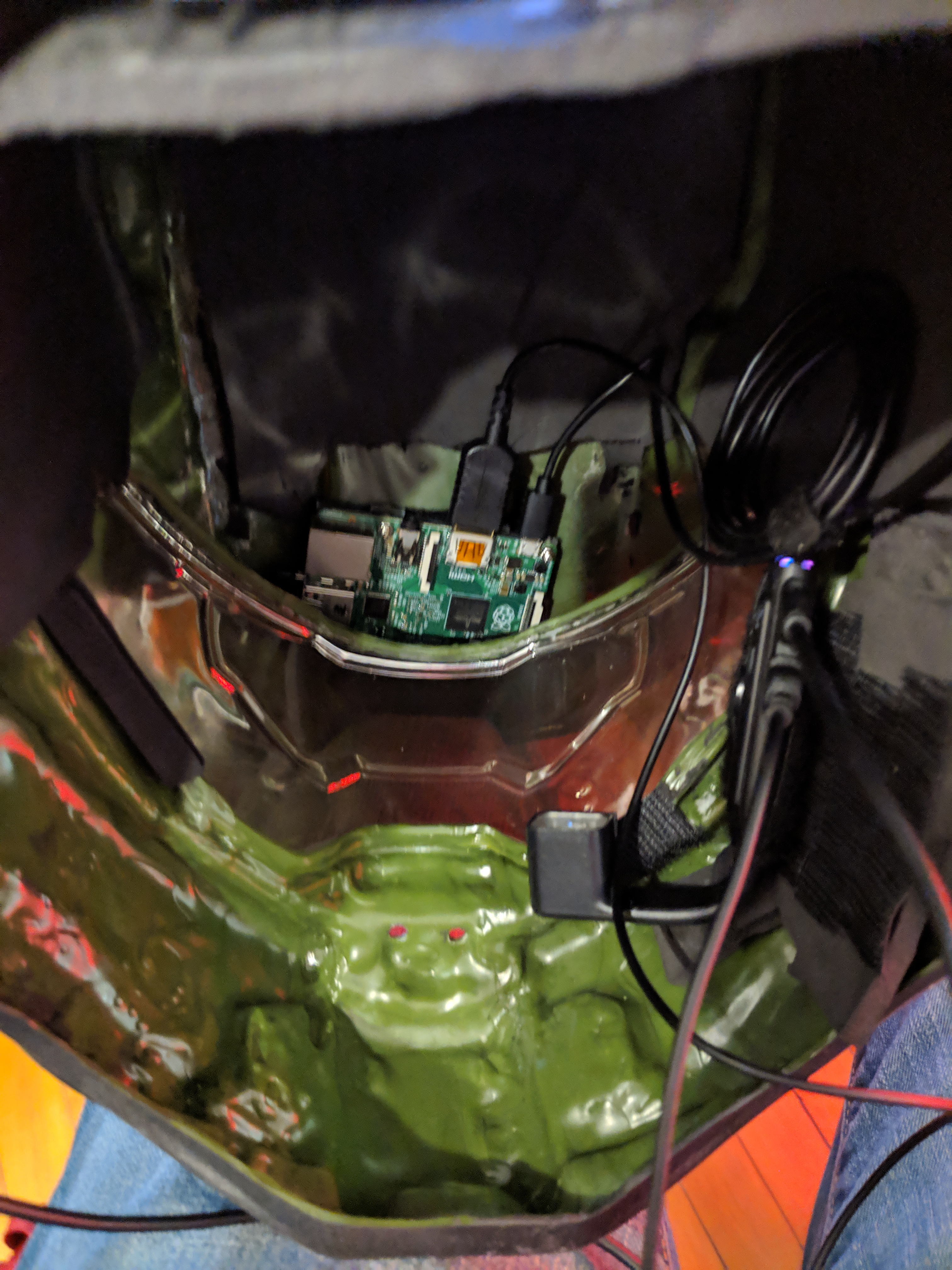 Tech in the helm | Halo Costume and Prop Maker Community - 405th
